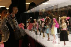 China's female consumer segment is spending freely, even during the global economic crisis Image ©Reuters