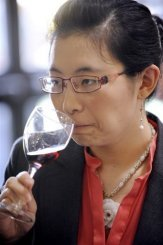 Chinese wine lovers are becoming increasingly enamored with French reds (and the wineries that produce them). Photo © MSN