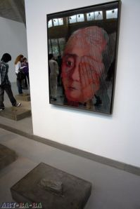 Zhang Xiaogang's newest exhibition shows an artist in transition