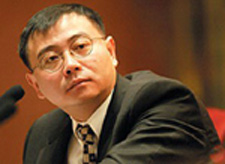 Economist Ha Jiming sees a fully internationalized yuan within the next decade